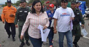 Gobernadora Carmen Meléndez supervisó despliegue Semana Santa Segura 2018