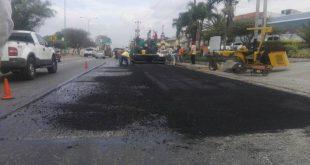 Invilara ejecuta trabajos de asfaltado en Intercomunal Barquisimeto - Cabudare