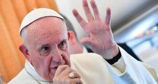 """El papa condena uso de """"instrumentos de exterminio"""" contra la población siria"""