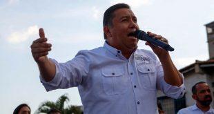 Javier Bertucci, candidato a la presidencia.