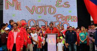 Presidente Maduro afirma que Banesco se estaba llevando el dinero del país