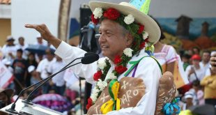 Andrés Manuel López Obrador / Candidato a la Presidencia de México