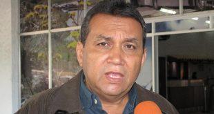 El gobernador de Mérida, Ramón Guevara.