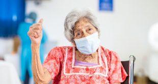 Vacunacion adulto mayor El Salvador