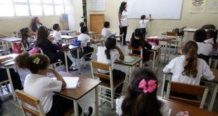 Aula-salones-clases-educación